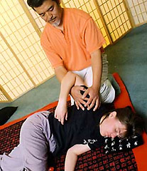 This is me, receiving shiatsu from Yoshi, one of the instructors in the shiatsu program